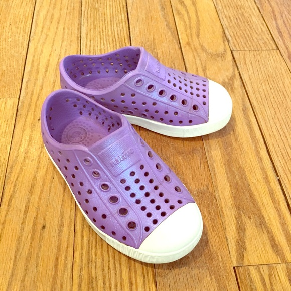 77acd3e74b62 Natives Jefferson Iridescent Slip On Shoes C7. M 5c967edc4ab633beae444fe1